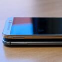 Statt einer micro-SIM verwendet das One M9 (oben) eine kleinere Nano-SIM.