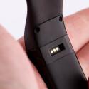 Das Armband des Fitbit Charge lässt sich nicht austauschen.