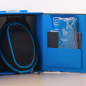 Im Lieferumfang enthalten ist diese Transportbox.