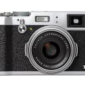 Die Fujifilm FinePix X100T ist die neue Premium-Kompaktkamera des japanischen Herstellers mit X Trans II CMOS-Sensor im APS-C-Format.