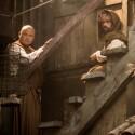 Tyrion zeigt sich vermummt mit Bart.