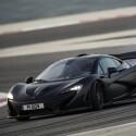 Im McLaren P1 mit Hybridantrieb geht es in 2,8 Sekunden von Null auf 100 km/h. Nach 16,5 Sekunden ist eine Geschwindigkeit in Höhe von 300 km/h erreicht. (Bild: McLaren)