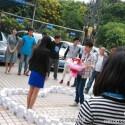 Schwierige Situation: Die Dame lehnt den Antrag ab. (Bild: Weibo)
