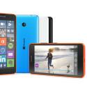 Das Einsteiger-Smartphone ist in Cyan, Orange und Weiß (jeweils glänzend) sowie in Schwarz (matt) im April in Deutschland verfügbar.