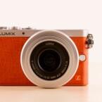 Die Lumix GM1 ist die kleinste Micro Four Third-Systemkamera und kaum größer als eine Kompaktkamera. Für die GM1 gibt es bis zu 50 Euro zurück.