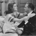 Nach seinen legendären Erfolgen in Deutschland mit <b>M</b> und <b>Metropolis</b> drehte der Österreicher Fritz Lang auch noch einige Filme in Hollywood. Einer davon ist <b>Scarlet Street</b>. Auch wenn der Krimi nicht das Niveau der Klassiker erreicht, ist er allemal sehenswert. (<a href=http://www.archive.org/details/ScarletStreet target=blank>Download</a>)