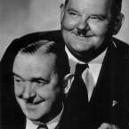 Das wohl bekannteste Komiker-Duo aller Zeiten bilden Stan Laurel und Oliver Hardy - in Deutschland besser bekannt als Dick und Doof. Die beiden Amerikaner drehten gemeinsam zahlreiche Kurz- und Spielfilme mit und ohne Ton und wurden weltweit berühmt. In <b>The flying deuces</b> melden sich die beiden bei der Fremdenlegion. (<a href=http://www.archive.org/details/TheFlyingDeuces target=blank>Download</a>)
