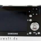 Rückseite der Samsung NV4 mit 2,5-Zoll-Display.