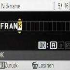 Die Eingabe von Schriftzeichen ist mit dem Daumenrad zwar um ein Vielfaches besser möglich als nur mit Tasten, benötigt aber trotzdem noch ein wenig Zeit. Besser man gibt alle Adressen und WLAN-Daten über die mitgelieferte Software ein.