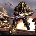 """Attacke! Die \""""Necris\"""" haben riesige Maschinen wie den Kraken ähnlichen \""""Fury\"""" Turbinen-Jäger."""