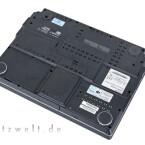 Erweiterungsmöglichkeiten bietet der Multimedia-Klotz en masse, darunter gleich zwei Festplatten-Einschübe.