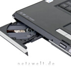 Das herausragende Merkmal des Desktop-Ersatzes, das HD DVD-Laufwerk, steckt hinter einer unscheinbaren Schublade.
