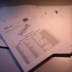 Dieser Packen Dokumente wurde uns von anonymer Quelle zugestellt.