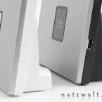 Wo der Speedport W 701V nur eine kleine Versenkung im Kunststoff hat, sitzt beim W 900V der USB-Port.