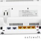 Im Vergleich zum Speedport W 900V verfügt der W 701V über einen Anschluss weniger: den ISDN-S0-Port. Allerdings ist ein Kippschalter für die Stromversorgung vorhanden.