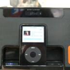 Ein kleines LCD-Display informiert beispielsweise über die Radiofrequenz
