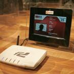 So machen es die Profis: Auf der IFA gab es eine Wahl zum am besten veränderten Noxon iRadio von Terratec. Hier verschwindet die Technik in einer Fritz-Box.
