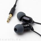 Die Creative Zen Aurvana sind mit 13 Gramm extrem leichte Kopfhörer..