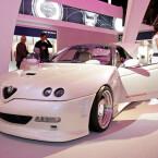 Alfa Romeo GTV in schimmerndem Weiß
