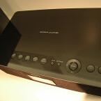 Per Knopfdruck holt der Sony Media Player NAS-C5E Soundquellen aus dem Heimnetzwerk ab.