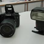 Andere Blitzlichter lassen sich mit der DSLR-Kamera kabellos steuern.