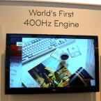 Der Hersteller zeigt als erstes Unternehmen Geräte mit  400-Hertz-Wiederholfrequenz.