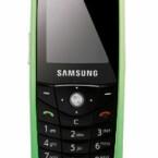 Green IT im besten Sinne: Mit dem Modell E200 eco beweist Hersteller Samsung, dass umweltverträglich nicht mit hässlich gleichzusetzen ist. Die Handy-Hülle besteht zum großen Teil aus Maiskernplastik, welches sich gut recyceln lassen soll. Bereits in Deutschland erhältlich.