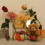 Zimmerbeleuchtung ein, Blitz aus: ISO 100, Blende 2.8, 1/20 Sekunde.