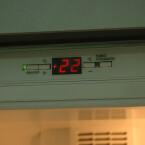 Die Temperatur in der Kühl-Gefrierkombination lässt sich elektronisch regeln.