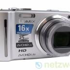 Kompakte Digitalkamera mit GPS-Empfänger.