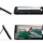 Das Gerät verfügt über einen Zwei-Positionen-Standfuss um die Filmnutzung zu vereinfachen.