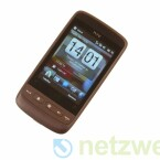 Über das Windows-Mobile-OS setzt HTC eine eigene Oberfläche. Zum Beispiel beim Startbildschirm wird diese sichtbar.
