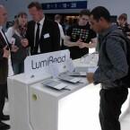 Acer stellte auf der IFA seinen neuen E-Reader LumiRead vor. Bild: Netzwelt