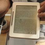 iRiver bringt mit dem Cover Story einen neuen E-Reader mit Touchscreen auf den Markt. Bild: Netzwelt