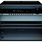 Nicht nur groß im Klang, sondern auch von Ausmaßen her: Onkyos Vor-Endstufen-Kombination PR-SC 5507 und PA-MC 5500.