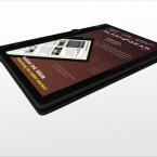 Das Tablet bietet unter anderem zwei Lautsprecher, WiFi (802.11 b/g) und eine, für diese Produktklasse eher ungewöhnliche, 3,2 Megapixel Kamera.