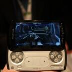 Vor allem Besitzer einer Playstation dürften sich auf Anhieb mit dem Design des Slider-Modells anfreunden können.