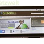 Auf dem Display lassen sich Webseiten ohne großes Scrollen und Zoomen betrachten. (Bild: netzwelt)