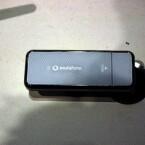 Der LTE-Surfstick GT B3740 von Samsung wird zusammen mit einem LTE-Tarif von Vodafone für einen Euro und einer monatliche Miete in Höhe von 2,50 Euro verkauft. (Bild: netzwelt.de)