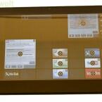 Der Nutzer kann Apps, Widgets, Dokumente oder Verknüpfungen auf einem vorgegebenen Raster frei positionieren.
