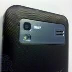 Das SGH-I927 besitzt eine 8-Megapixel-Kamera mit Blitz auf der Rückseite. (Bild: Boy Genius Report)