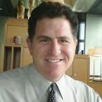 Michael Dell ist der Gründer des gleichnamigen Unternehmens. Vom Forbes Magazin wird er auf Platz 18 gesetzt, bei einem Vermögen von 15 Milliarden US-Dollar (Bild: Joi Ito, via Wikipedia).