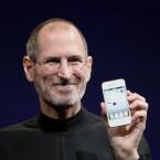 Der Apple-Gründer findet sich erst auf Platz 39 der reichsten Menschen der USA. Sein Vermögen schätzt Forbes auf sieben Milliarden US-Dollar (Bild: Matt Yohe, via Wikipedia).