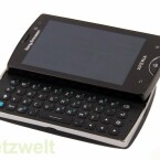 Wie das Xperia X10 mini bietet das Modell Xperia mini pro eine ausziehbare QWERTZ-Tastatur.