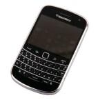 Der BlackBerry Bold 9900 ist designtechnisch ein echtes Schmuckstück.