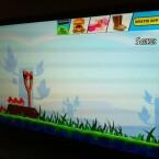 Einige Spiele sind auf der Hama-Internet-TV-Box vorinstalliert, darunter das beliebte Angry Birds. (Bild: netzwelt)