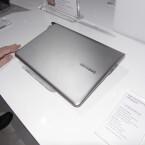 Die Samsung Series 5 Ultra ist nicht ganz so dünn wie andere Ultrabooks. (Bild: netzwelt)