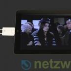 Dreht der Nutzer das iPad auf die Seite erscheint auch das Fernsehbild im Querformat.