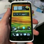 Das HTC One X bietet ein 4,7 Zoll großes Display. (Bild: netzwelt)