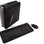 Eine Maus und eine Tastatur liegen dem Rechner bei.